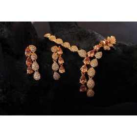 Spirit of Muse Delicate Glory Semi-Precious Necklace Set